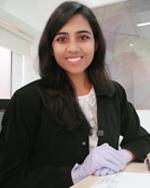Dr.-Komal-Agarwal